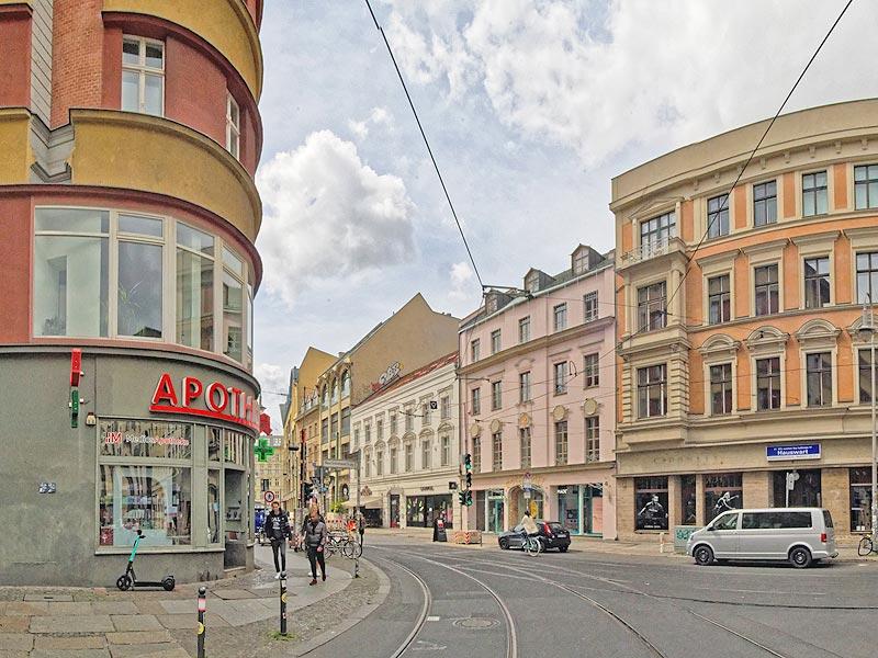 Neue Schoenhauser Strasse Ecke Rosenthaler Strasse